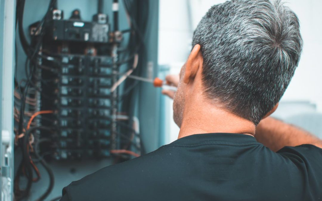 Things to Look for When Choosing an Orlando Electrician