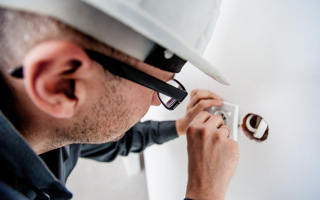 What to Look for When Hiring a Local Electrician